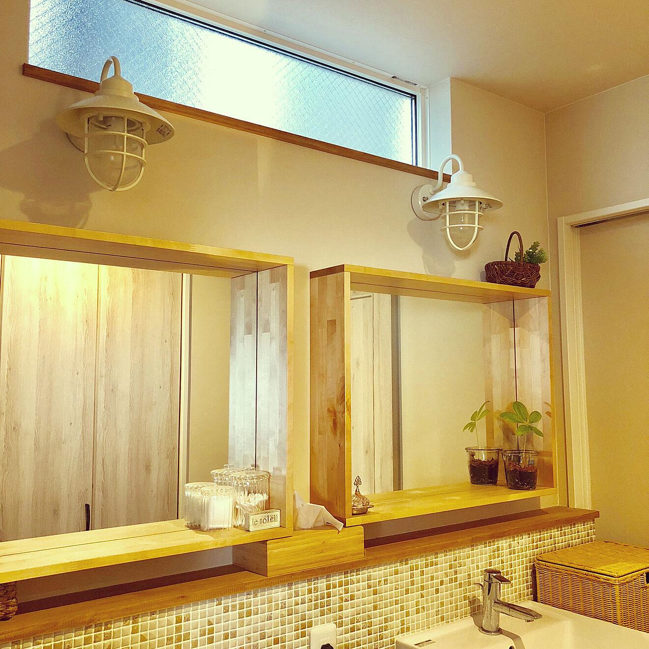 洗面所のFIX窓