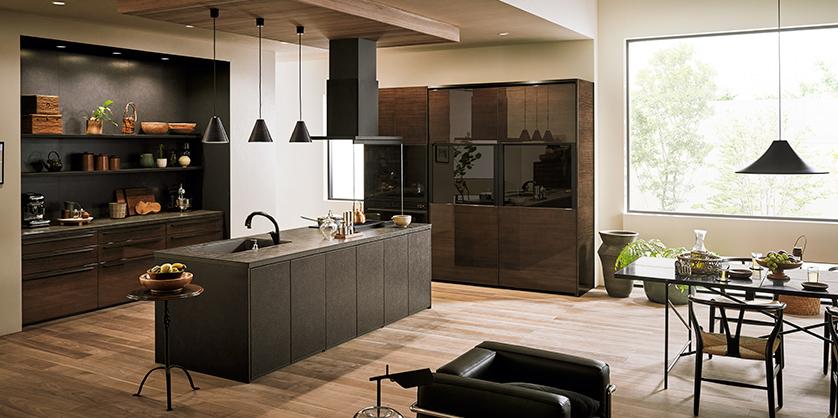 ブラックとダークブラウンのキッチン
